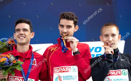 (L-R) Silver medalist Diego Garcia Carrera of Spain, Gold medalist Alvaro Martin of Spain and Bronze medalist Vasiliy Mizinov of Russia celebrate during the medal ceremony for the men's 20 km Race Walk of the Athletics 2018 European Championships in Berlin, Germany, 11 August 2018.