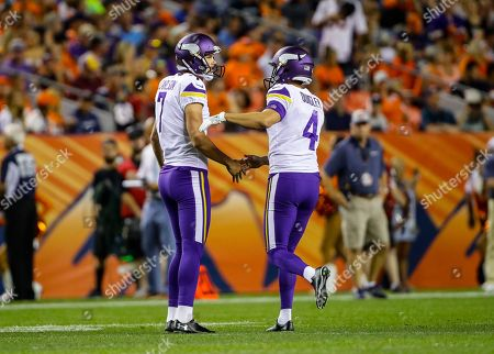 Daniel Carlson, Ryan Quigley. Minnesota Vikings kicker Daniel Carlson (7) is congratulated by punter Ryan Quigley (4) after a field goal against the Denver Broncos during the second half in an NFL football preseason game, in Denver