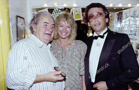 Leo Mckern with Robert Powell and His Wife Babs Powell
