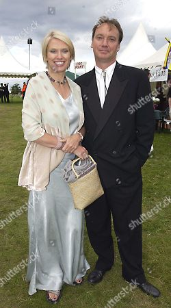 Anneka Rice and Simon Bell