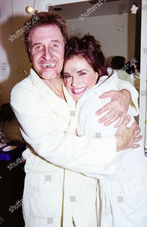 George Layton (fagin) and Sally Dexter (nancy)