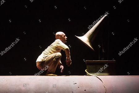 Akram Khan in XENOS at the Edinburgh International Festival 2018.