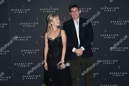 Melanie Laurent, Chris Weitz (Director)