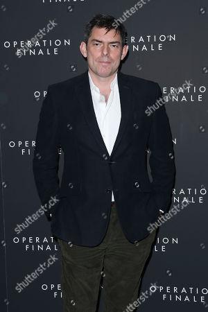 Chris Weitz (Director)