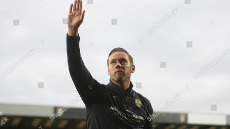 Kevin Nolan waves to the crowd before kick off against Yeovil Town