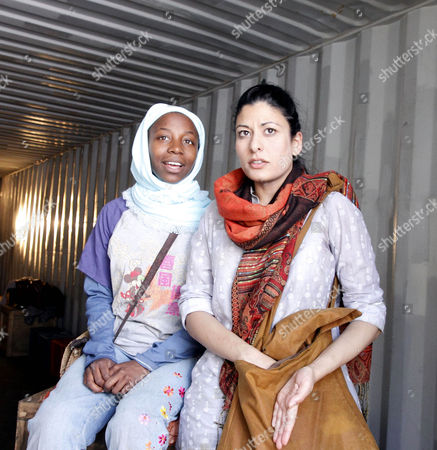 'The Container' - Mercy Ojelade (Asha), Amber Agar (Mariam)