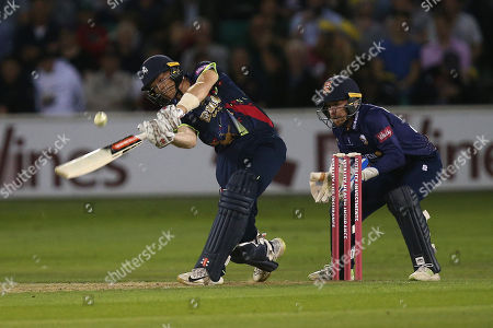 Sam Billings hits 6 runs for Kent during Essex Eagles vs Kent Spitfires, Vitality Blast T20 Cricket at The Cloudfm County Ground on 17th August 2018