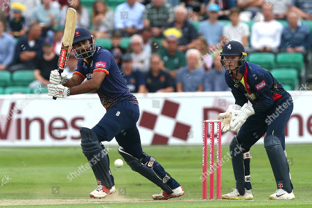 Varun Chopra in batting action for Essex as Sam Billings looks on from behind the stumps during Essex Eagles vs Kent Spitfires, Vitality Blast T20 Cricket at The Cloudfm County Ground on 17th August 2018