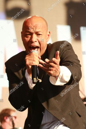 Stock Picture of Roland Gift