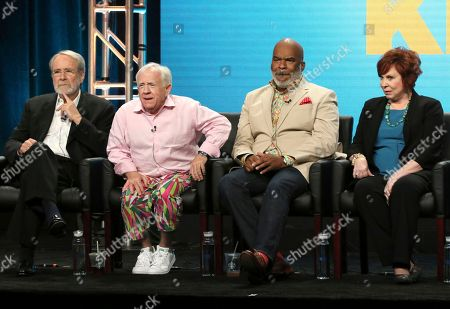 """Martin Mull, from left, Leslie Jordan, David Alan Grier and Vicki Lawrence participate in """"The Cool Kids"""" panel during the Fox Television Critics Association Summer Press Tour at The Beverly Hilton hotel, in Beverly Hills, Calif"""