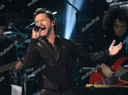 """Diego Torres performing """"Flor Palida"""" at the Latin Recording Academy Person of the Year Tribute honoring Marc Anthony in Las Vegas. On the Argentine singer released a new single, """"Un Poquito,"""" his first collaboration with Colombian Carlos Vives"""