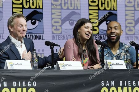 "Bill Irwin, from left, Amber Midthunder and Jeremie Harris participate in the ""Legion"" panel on day four of Comic-Con International, in San Diego"