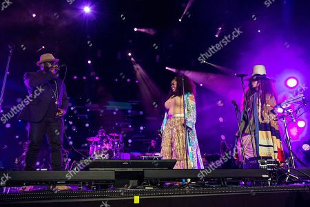 Black Thought of The Roots, from left, Jill Scott and Erykah Badu perform at the 2018 Essence Festival at the Mercedes-Benz Superdome, in New Orleans