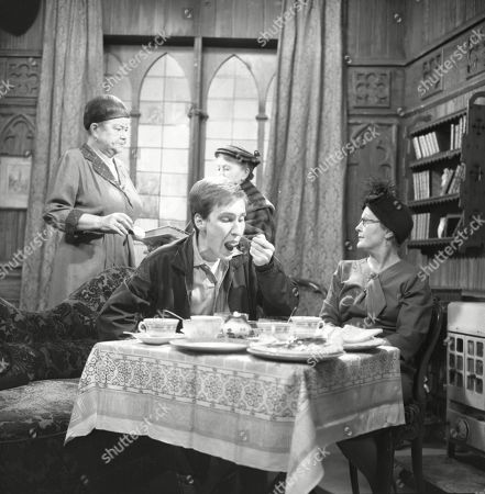 Violet Carson (as Ena Sharples), Christopher Sandford (as Walter Potts), Margot Bryant (as Minnie Caldwell) and Lynne Carol (as Martha Longhurst)
