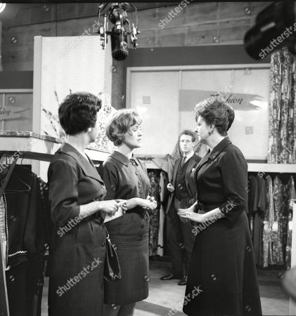 Joan Francis (as Dot Greenhalgh), Christine Hargreaves (as Christine Appleby) and Pat Phoenix (as Elsie Tanner)