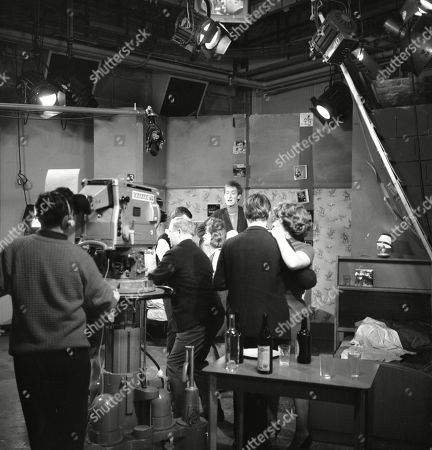 Graham Haberfield (as Jerry Booth), Angela Crow (as Doreen Lostock), Christopher Sandford (as Walter Potts), William Roache (as Ken Barlow) and Anne Reid (as Valerie Barlow)