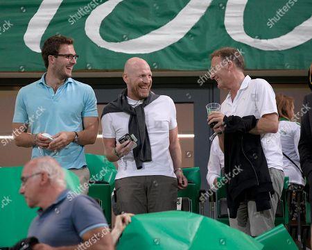 20.08.2018, Football DFB Pokal 2018/2019, 1. round, SpVgg Greuther Fuerth - Borussia Dortmund, Sportpark Ronhof in Fuerth. middle: Matthias Sammer (BVB), re: Geschaeftsfuehrer Hans-Joachim Watzke (Dortmund).