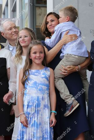 Violet Affleck, Seraphina Rose Elizabeth Affleck, Samuel Garner Affleck, Jennifer Garner. Actress Jennifer Garner poses with her children Violet Affleck, from left, Seraphina Rose Elizabeth Affleck and Samuel Garner Affleck at the ceremony honoring her with a star at the Hollywood Walk of Fame, in Los Angeles