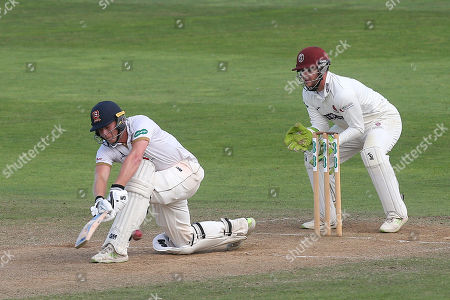 Tom Westley hits 4 runs for Essex as Steven Davies looks on from behind the stumps during Somerset CCC vs Essex CCC, Specsavers County Championship Division 1 Cricket at The Cooper Associates County Ground on 21st August 2018