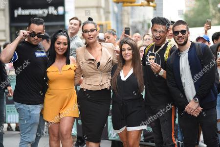 Mike Sorrentino, Angelina Pivarnick, Jenni J-Woww Farley, Deena Nicole Cortese, Paul DelVecchio, Vinny Guadagnino
