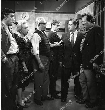 Ivan Beavis (as Harry Hewitt), Doris Speed (as Annie Walker), Arthur Leslie (as Jack Walker), William Roache (as Ken Barlow), Frank Pemberton (as Frank Barlow) and Paul Dawkins (as George Pickup)