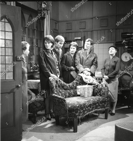 Stock Photo of Margot Bryant (as Minnie Caldwell), Susan Jameson (as Myra Booth), Christopher Sandford (as Walter Potts), Eileen Derbyshire (as Emily Nugent), Philip Lowrie (as Dennis Tanner) and Lynne Carol (as Martha Longhurst)