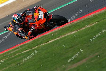 British MotoGP rider Bradley Smith of the Red Bull KTM Factory Racing Team in action, during the MotoGP practice session of the 2018 Motorcycling Grand Prix of Britain at the Silverstone race track, Northampton, Britain, 24 August 2018. British MotoGP takes place from 24 - 26 August 2018.