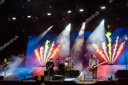 Fall Out Boy: Andy Hurley, Patrick Stump, Pete Wentz, Joe Trohman