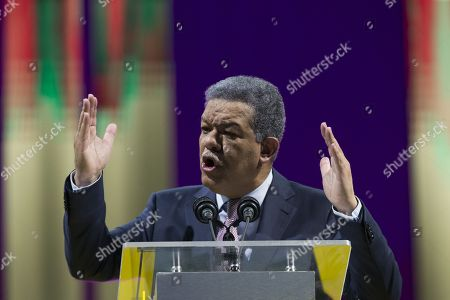 Leonel Fernandez, former president of the Dominican Republic (1996-2000, 2004-2008 and 2008-2012), speaks during the official launch of his presidential candidacy for the officiating Dominican Liberation Party, at the Palace of Sports in Santo Domingo, Dominican Republic, on 26 August 2018. Fernandez already has the support of 1,225,000 citizens in his aspirations for the presidential candidacy for the Dominican Liberation Party (PLD) to the 2020 elections, and announced that he will begin a tour throughout the country to gather more supporters.