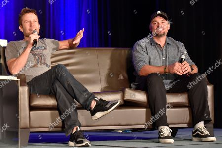 Stock Image of Michael Rosenbaum, Tom Welling. Michael Rosenbaum and Tom Welling seen on Day 3 at Wizard World Comic-Con at the Donald E Stephens Convention Center, in Rosemont, IL