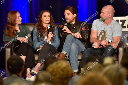 Sophie Skelton, Richard Rankin, Lotte Verbeek, Graham McTavish. Lotte Verbeek, (from left) Sophie Skelton, Richard Rankin, and Graham McTavish seen on Day 3 at Wizard World Comic-Con at the Donald E Stephens Convention Center, in Rosemont, IL