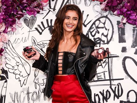 Victoria's Secret Angel Taylor Hill participates in the Tease Rebel fragrance launch at Victoria's Secret 5th Avenue store, in New York