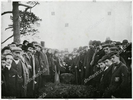'Ceremony at Knightlow Cross'. A Tribute Which Dates Back For A Thousand Years and Connects the Present with That Remote Past When the Central Countries of Ebgland Were For the Most Part A Wild and Uncultivated Chases is Rendered On Knightlow Hill Near Dunchurch Warwickshire On the Early Morn of St Martin's Day. Known As 'Wroth Money' It is Paid to the Duke of Buccleuch As an Acknowledgment of Certain Concessions Made by His Ancestors On Pain of Forfeit For Every Penny of 20s Or A 'White Bull with Red Nose and Red Ears. Photograph by Benjamin Stone in 'Sir Benjamin Stone's Pictures', Page 23