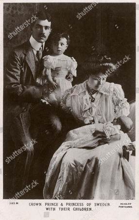 Oscar Fredrik Wilhelm Olaf Gustaf Adolf (1882-1973) (king of Sweden From 1950 Until His Death). Pictured When Crown Prince and Duke of Scania with His First Wife Princess Margaret of Connaught Princess of Sweden and Duchess of Scania (1882-1920) and Their First Two Children Prince Gustaf Adolf Oscar Fredrik Arthur Edmund Duke of Vasterbotten (1906-1947) and Sigvard Oscar Fredrik Bernadotte Count of Wisborg (1907-2002). Beagles' Postcard