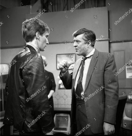 Christopher Sandford (as Walter Potts) and Ivan Beavis (as Harry Hewitt)