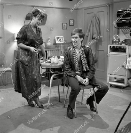 Pat Phoenix (as Elsie Tanner) and Christopher Sandford (as Walter Potts)