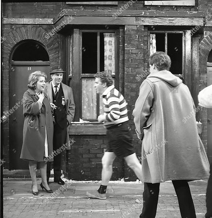 Anne Reid (as Valerie Barlow), Alister Williamson (as Gus Lowman), Peter Adamson (as Len Fairclough) and William Roache (as Ken Barlow)