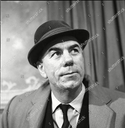 Alister Williamson (as Gus Lowman)