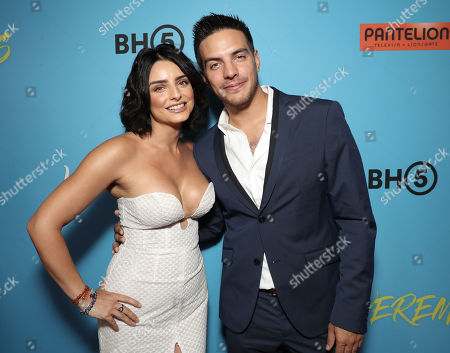 Aislinn Derbez and Vadhir Derbez