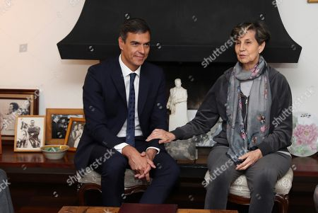 Spanish Prime Minister, Pedro Sanchez (L), meets with Chilean Senator Isabel Allende (R) in Santiago de Chile, 28 August 2018. The Spanish Prime Minister started his Latin American tour during which he will be visiting Chile, Bolivia, Colombia and Costa Rica.