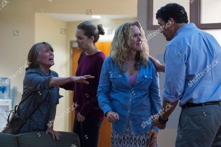Sissy Spacek as Sally Rayburn, Jacinda Barrett as Diana Rayburn, Katie Finneran as Belle Rayburn, Kyle Chandler as John Rayburn