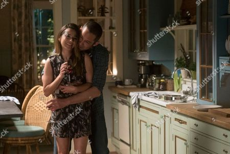 Stock Picture of Linda Cardellini as Meg Rayburn, Enrique Murciano as Marco Diaz