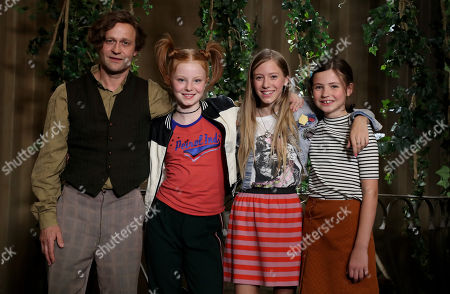 The actors (L-R) Juergen Vogel, Alexandra Petzschmann, Paula Renzler and Lilli Lacher poses during a photocall on the set of the 'The three Exclamationmarks' movie in Mettmann, Germany, 29 August 2018. The three exclamation marks will be released in German cinemas on 25 July 2019.