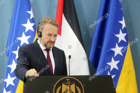 Palestinian President Mahmoud Abbas and Chairman of the Tripartite Presidency of Bosnia and Herzegovina Bakir Izetbegovic hold a joint press conference, in the West Bank city of Ramallah