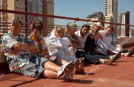 'Benidorm'  TV - 2009 - Steve Pemberton, Siobhan Finneran, Sheila Reid, Kenny Ireland, Jack Canuso, Paul Bazley, Hugh Sachs.