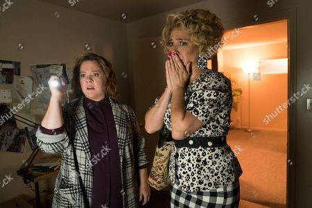 Melissa McCarthy as Detective Connie Edwards, Maya Rudolph as Bubbles