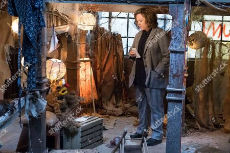 Melissa McCarthy as Detective Connie Edwards