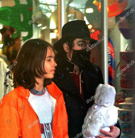 Stock Photo of Michael Jackson and Omer Bhatti