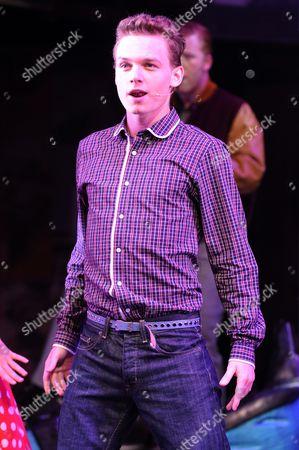 Scott Bruton as Bobby