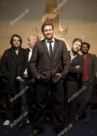 Elbow- Craig Potter, Richard Jupp, Guy Garvey, Mark Potter, Pete Turner